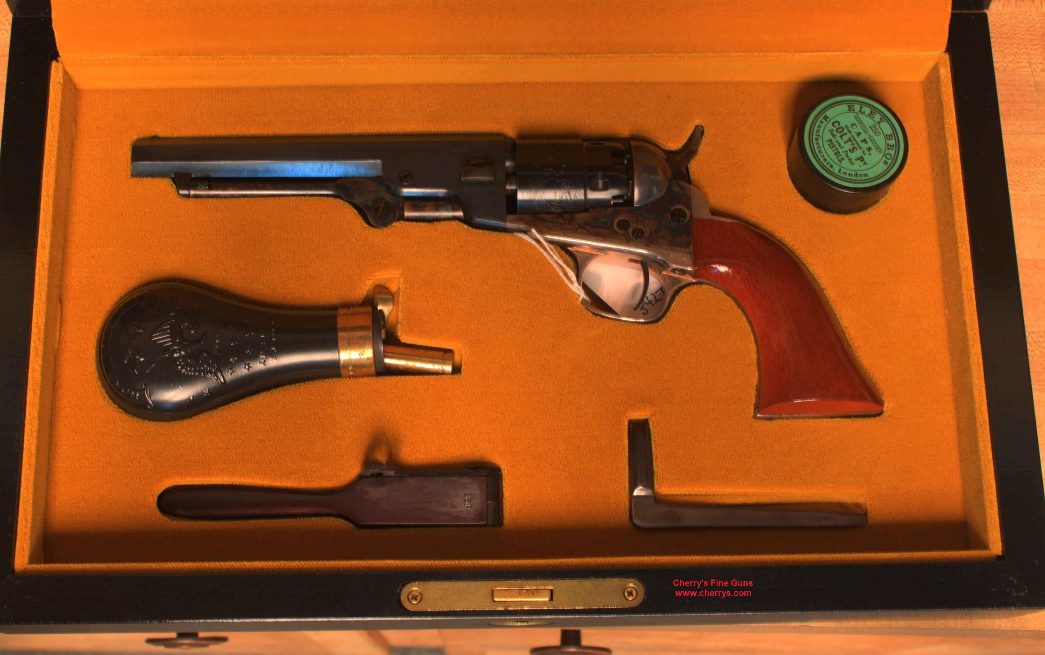 Double pistol handgun revolver gun display case cabinet rack shadowbox -  1